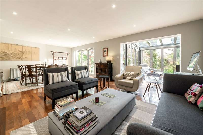 4 Bedrooms Detached House for sale in Upper Park Road, Belsize Park, London, NW3