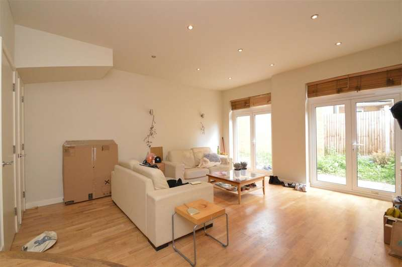 5 Bedrooms House for sale in Hertford Road, London, N1