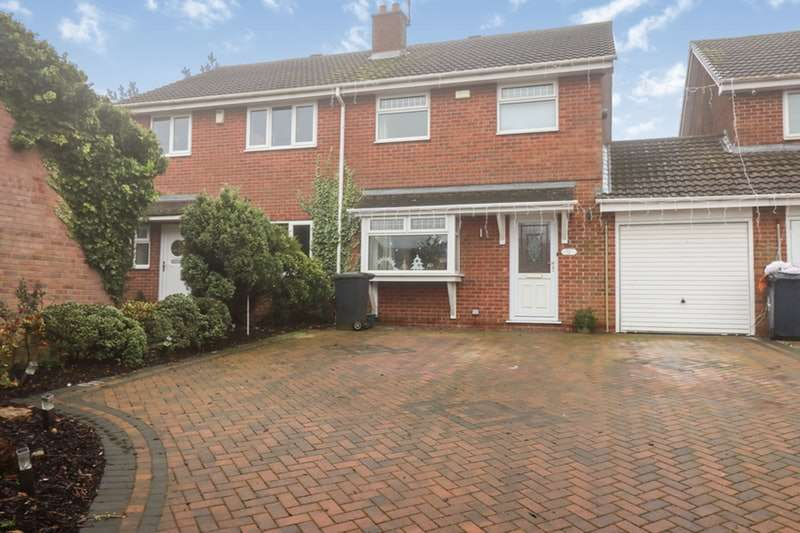 3 Bedrooms Semi Detached House for sale in Millbrook Way, Barton-upon-Humber, Lincolnshire, DN18