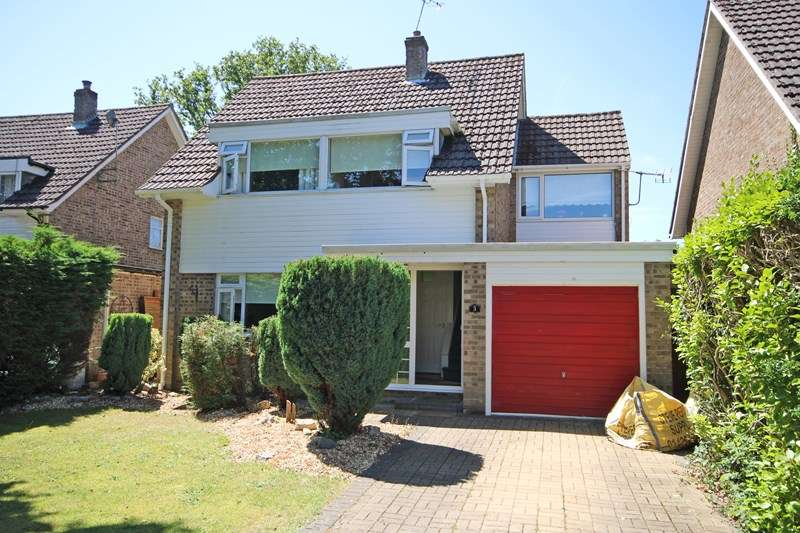 4 Bedrooms Detached House for sale in Derwent Road, New Milton, Hampshire, BH25