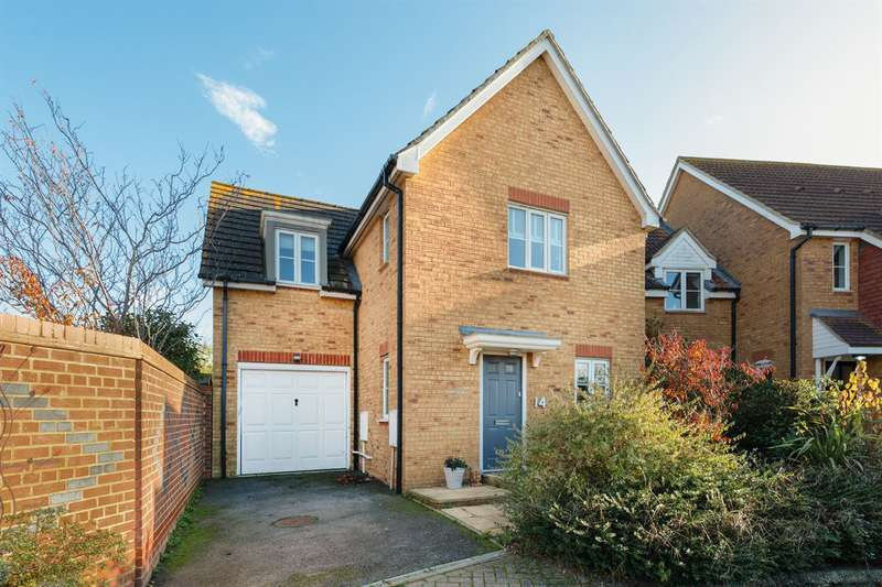 4 Bedrooms Detached House for sale in Portlight Place, Whitstable
