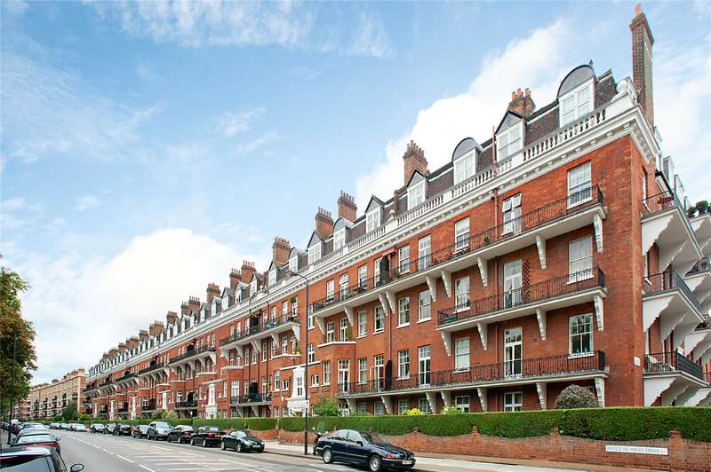 3 Bedrooms Flat for sale in Primrose Mansions, Prince of Wales Drive, Battersea, SW11