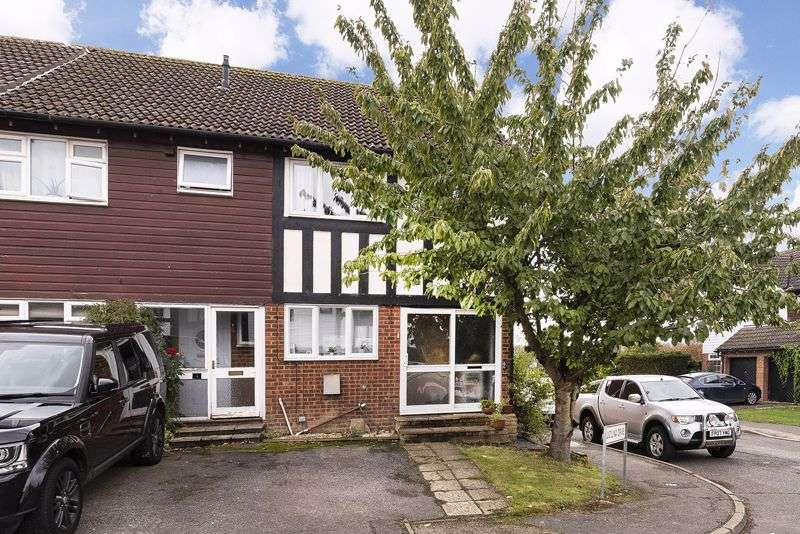 2 Bedrooms Property for sale in Lucilina Drive, Edenbridge