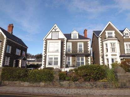 7 Bedrooms Detached House for sale in Portmadoc Road, Criccieth, Gwynedd, LL52