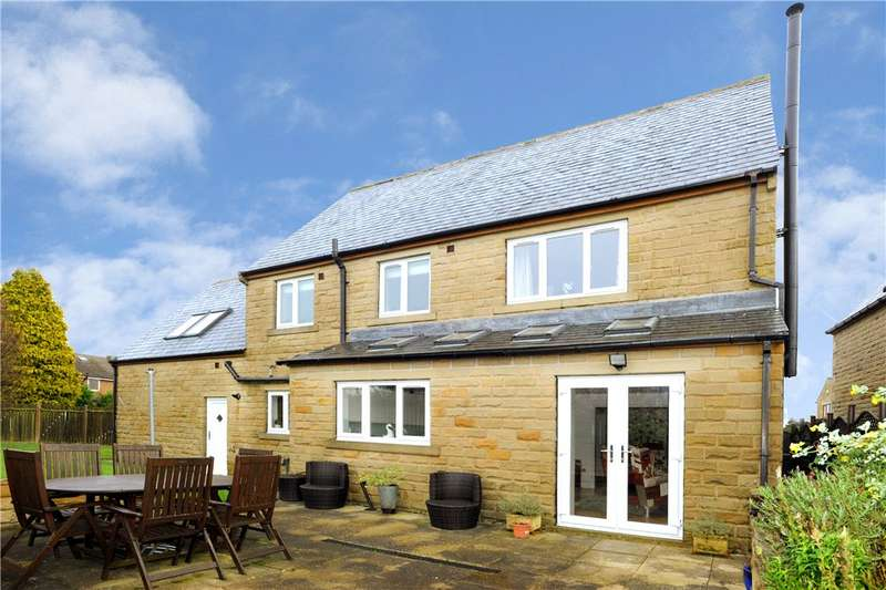 4 Bedrooms Detached House for sale in Southedge Close, Hipperholme, Halifax, West Yorkshire