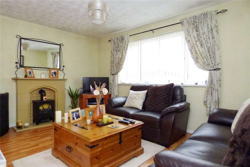2 Bedrooms Apartment Flat for sale in Village Court, Whitworth, Rochdale, Lancashire, OL12