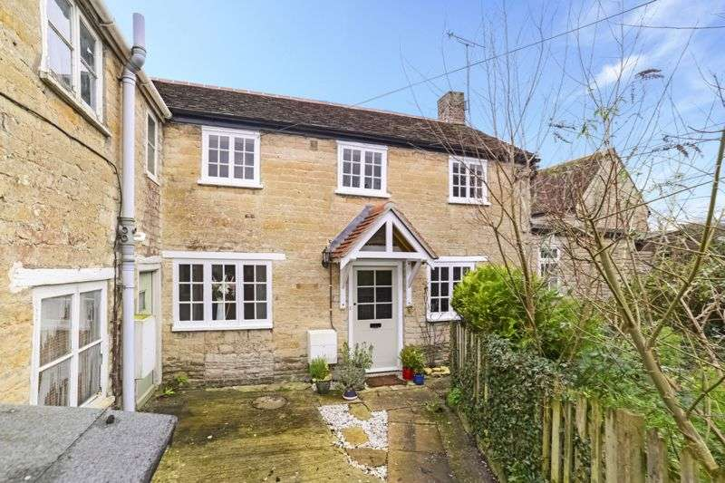 2 Bedrooms Property for sale in New Street Marnhull, Sturminster Newton