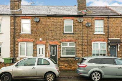 2 Bedrooms Terraced House for sale in Rye Road, Hoddesdon, Hertfordshire