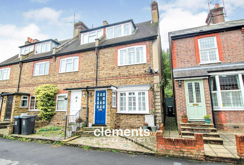 3 Bedrooms End Of Terrace House for sale in Kings Langley, HERTS