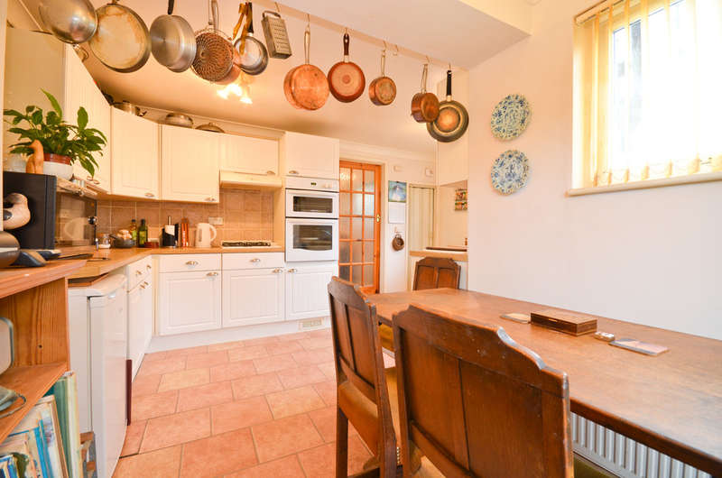 2 Bedrooms Terraced House for sale in Wroxall , Isle Of Wight
