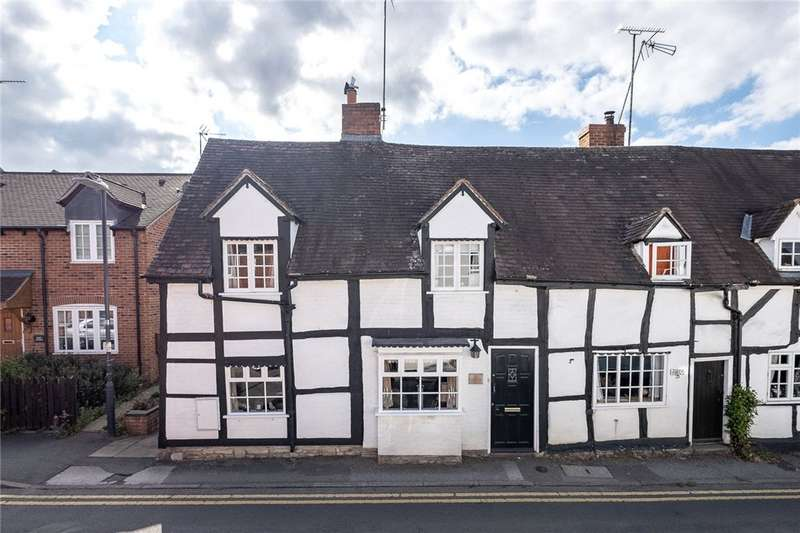 4 Bedrooms End Of Terrace House for sale in Bleachfield Street, Alcester, B49