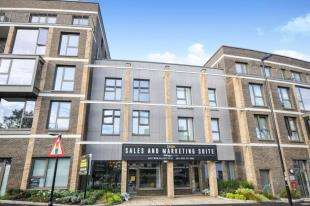 3 Bedrooms Flat for sale in 2 Purley Way, Croydon