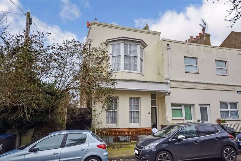 5 Bedrooms End Of Terrace House for sale in Camden Road, Ramsgate, Kent