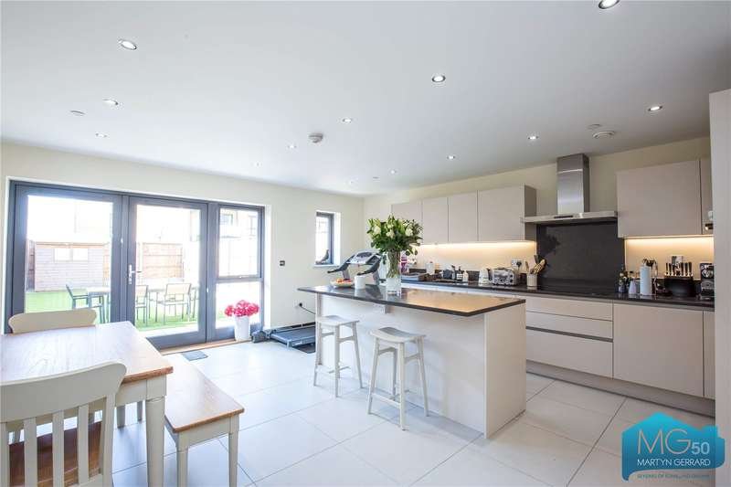 4 Bedrooms End Of Terrace House for sale in Inglis Way, Mill Hill, London, NW7