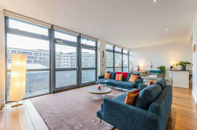 2 Bedrooms Flat for rent in Pentonville Road, King's Cross, N1