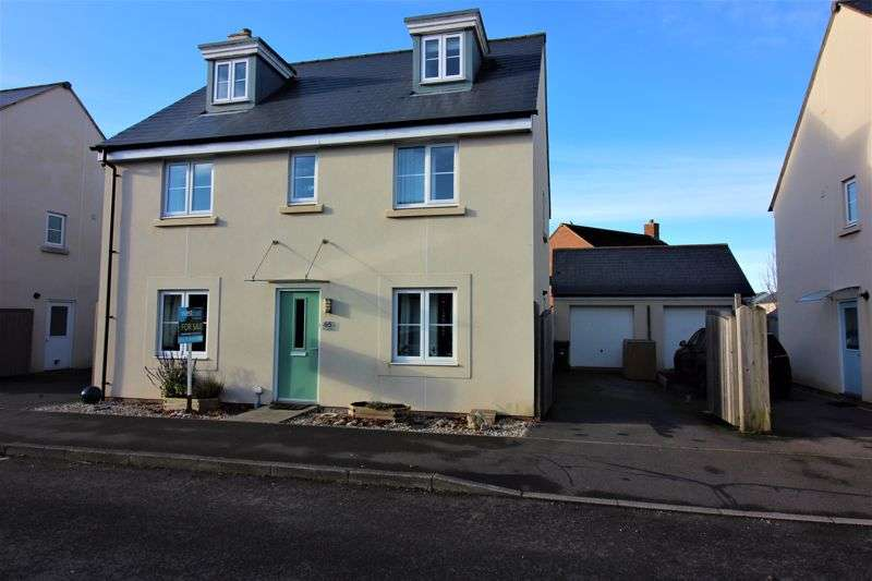 5 Bedrooms Property for sale in The Finches Portishead, Bristol
