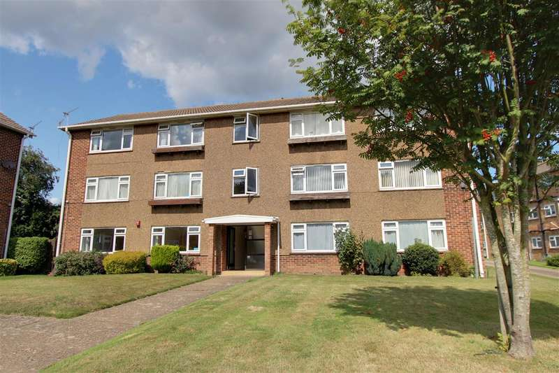 3 Bedrooms Apartment Flat for sale in Shaftesbury Road, Canterbury