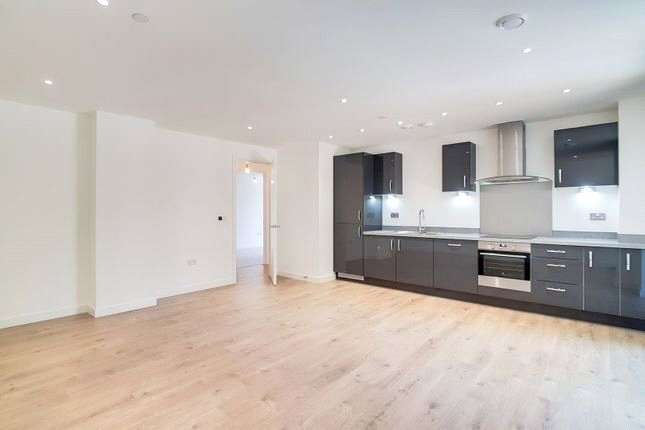 2 Bedrooms Apartment Flat for sale in Calders Wharf, Saunders Ness Road, Canary Wharf, E14