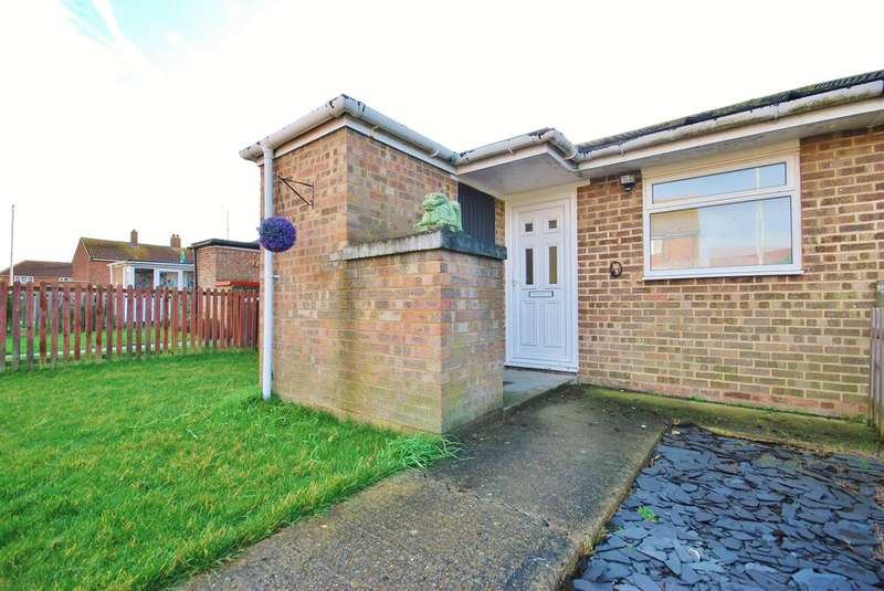 2 Bedrooms Terraced Bungalow for sale in Love Street Close, Herne Bay