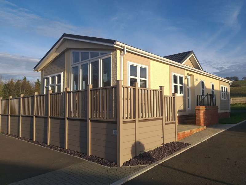 2 Bedrooms Mobile Home for sale in Yew Tree Park, Kent