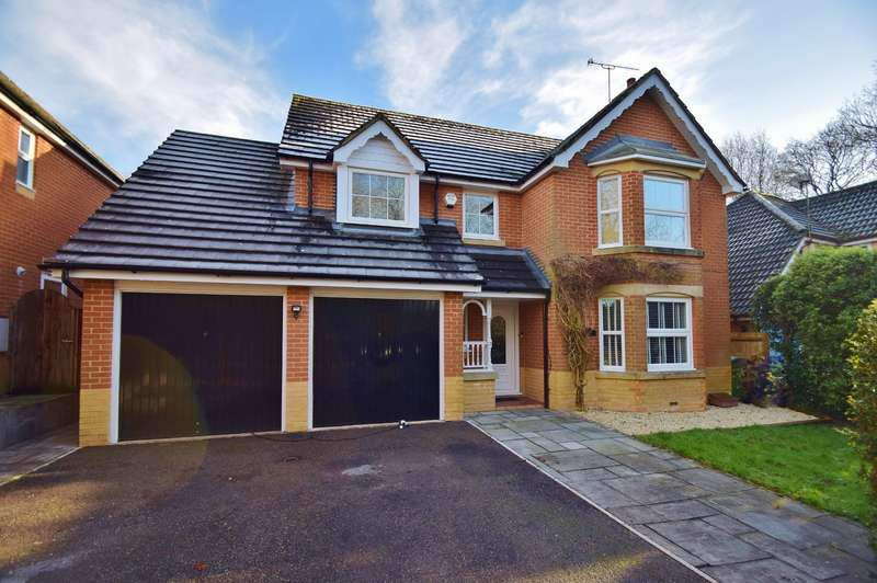 4 Bedrooms Detached House for sale in Colden Common