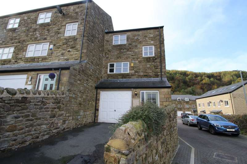 3 Bedrooms End Of Terrace House for sale in Jubilee Way, Todmorden, West Yorkshire, OL14