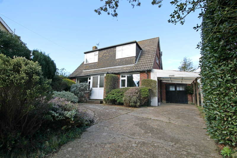 2 Bedrooms Detached House for sale in Freshwater Bay, Isle of Wight