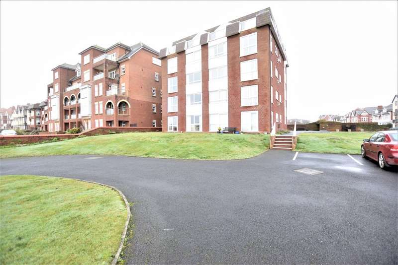 2 Bedrooms Ground Flat for sale in South Promenade, Lytham St. Annes