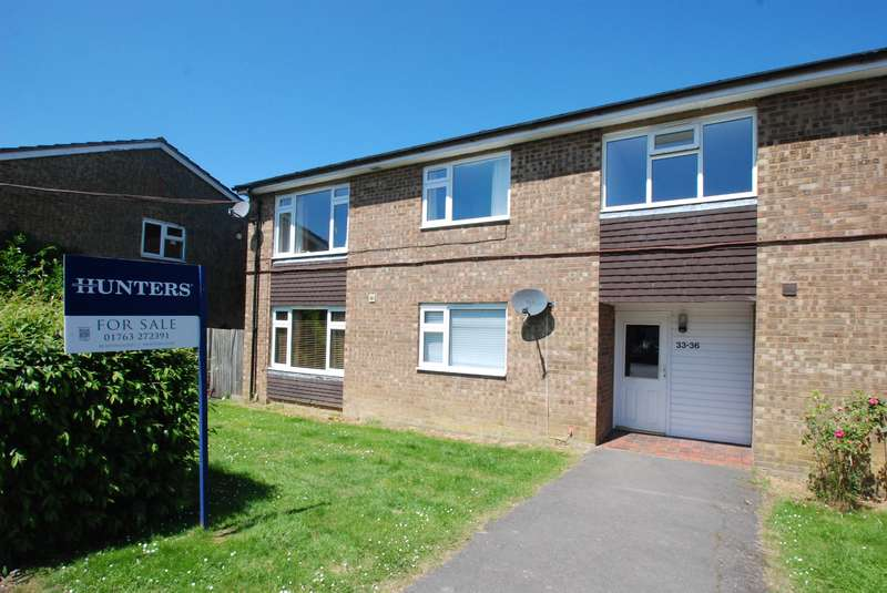 2 Bedrooms Flat for sale in Peasecroft, Cottered, Buntingford, SG9 9QS