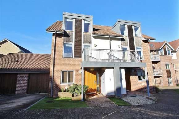 4 Bedrooms Detached House for sale in Mailing Way, Basingstoke
