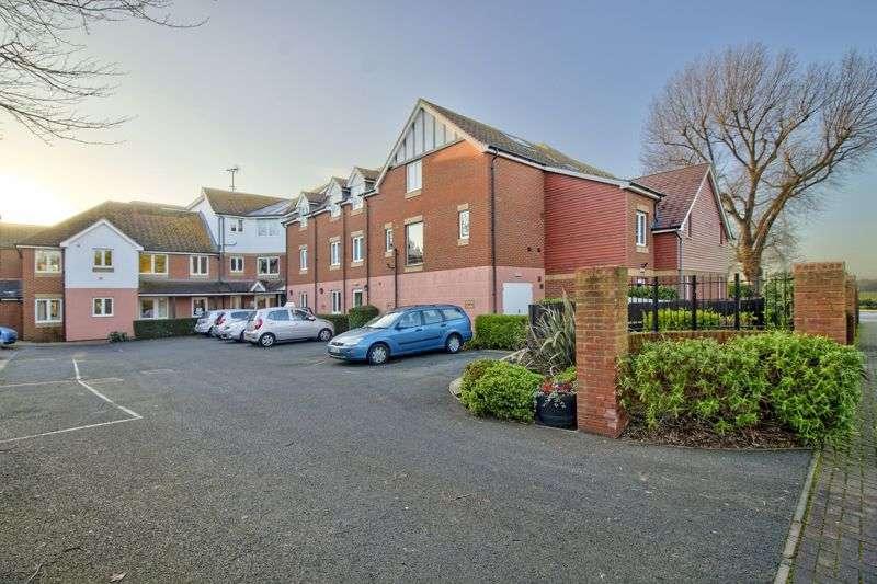 2 Bedrooms Property for sale in Wealdhurst Park, Broadstairs, CT10