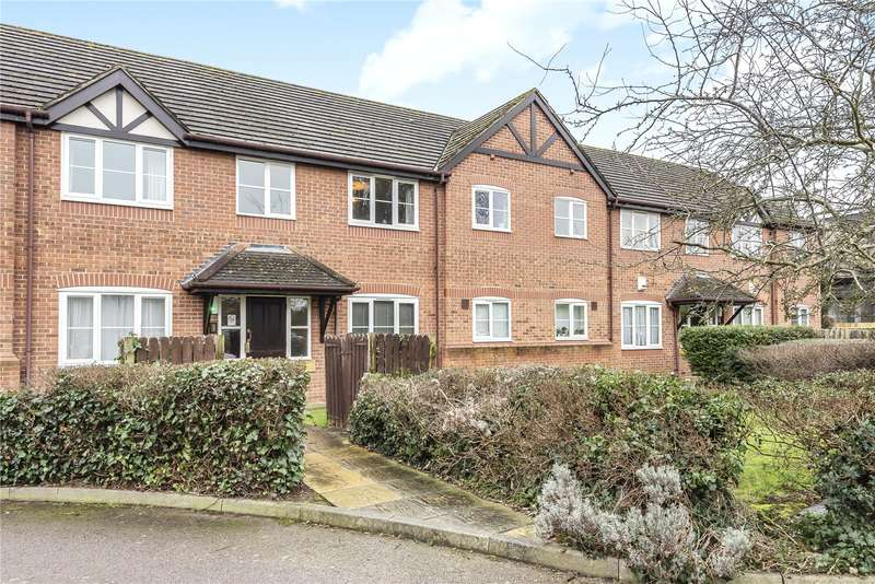 2 Bedrooms Apartment Flat for sale in Vine Tree Court, St. Peters Close, Rickmansworth, WD3