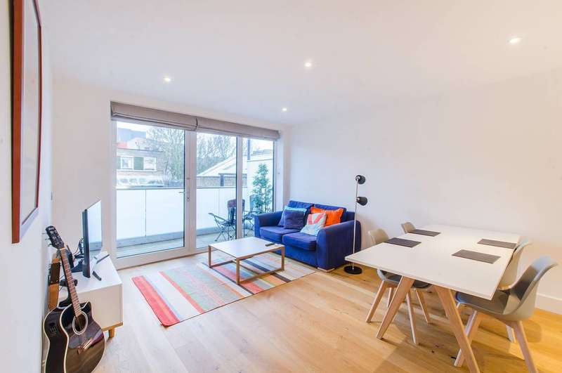 2 Bedrooms Flat for sale in Browning Street, Elephant and Castle, SE17