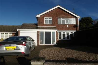 3 Bedrooms House for rent in Dunvegan Drive, Rise Park NG5