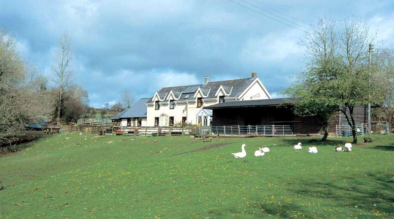 6 Bedrooms Detached House for sale in Trehowel Fach, Glandwr, Whitland, Pembrokeshire