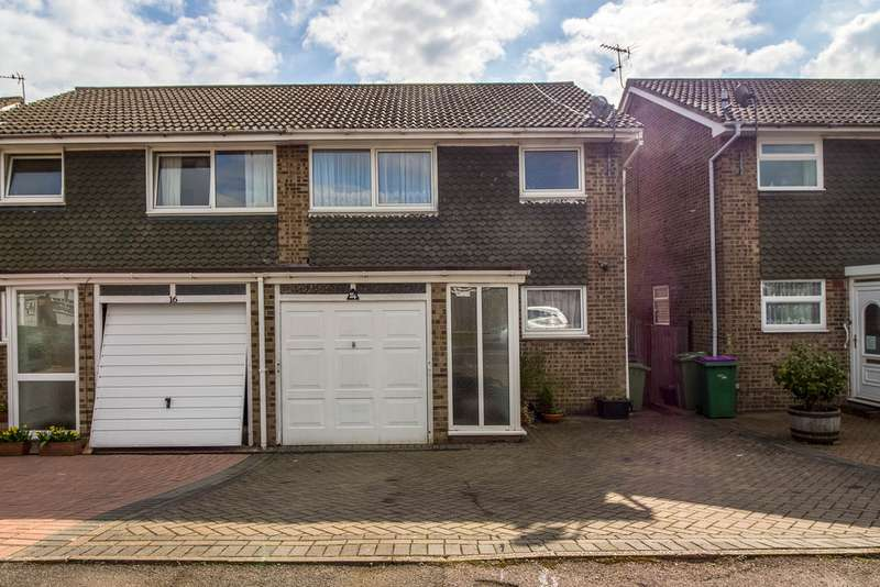3 Bedrooms Semi Detached House for sale in Coniston Road, Folkestone CT19