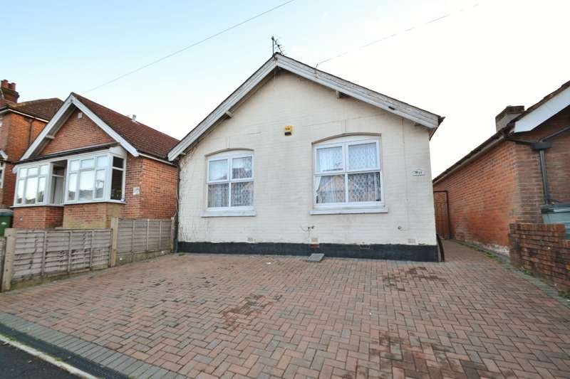 2 Bedrooms Bungalow for sale in Bassett
