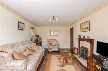 4 Bedrooms Bungalow for sale in Titchfield Common, Fareham, Hampshire