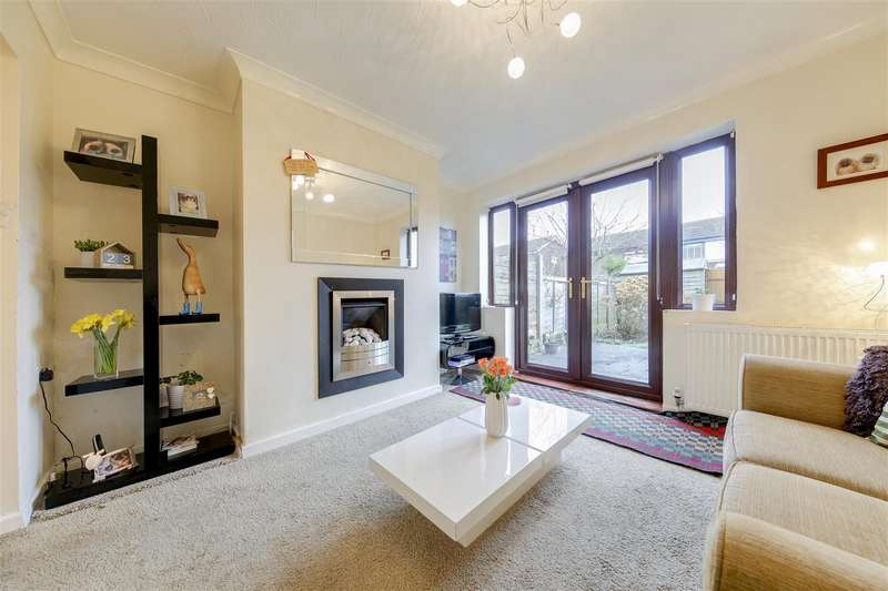 2 Bedrooms Apartment Flat for sale in Worston Close, Constable Lee, Rossendale