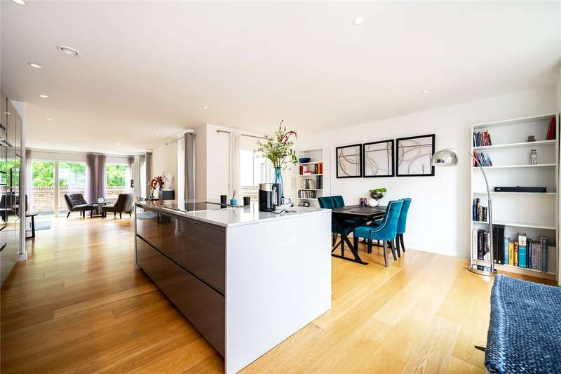 3 Bedrooms Penthouse Flat for sale in Bloomsbury Gardens, Westking Place, London, WC1H