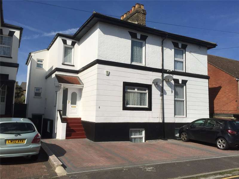 4 Bedrooms Semi Detached House for sale in Cambrian Grove, Gravesend, Kent, DA11