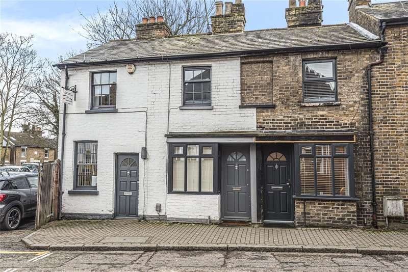 2 Bedrooms Terraced House for sale in High Street, Rickmansworth, Hertfordshire, WD3