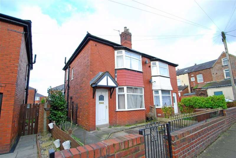 2 Bedrooms Semi Detached House for sale in Eastham Avenue, Limefield, Bury