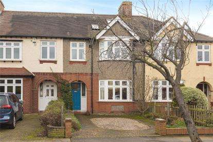 5 Bedrooms Terraced House for sale in Balmoral Avenue, Beckenham