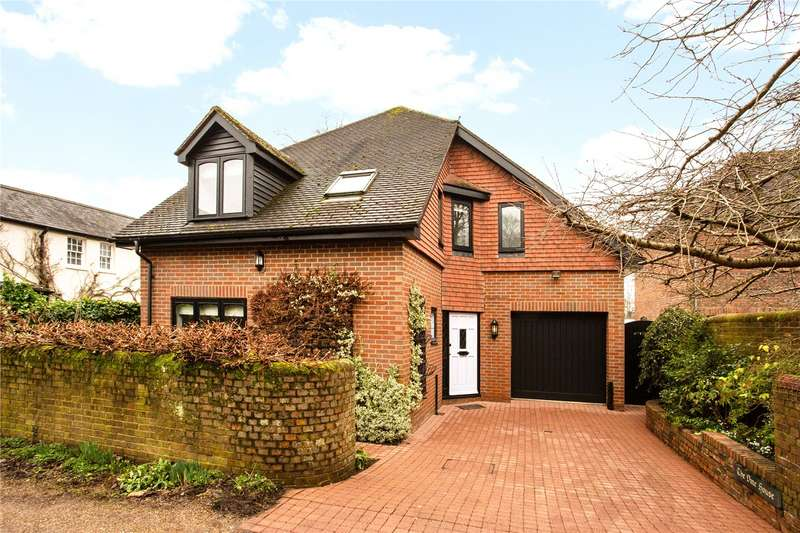 3 Bedrooms Detached House for sale in Orchard House Lane, Holywell Hill, St Albans, Hertfordshire, AL1