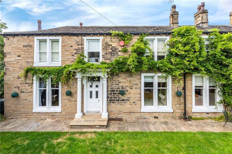 4 Bedrooms Semi Detached House for sale in Carlton House, Roberttown Lane, Liversedge