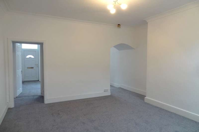 3 Bedrooms Terraced House for sale in Scott Street, Burnley, BB12