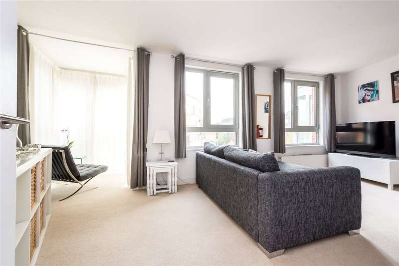 1 Bedroom Flat for sale in Buckler Court, Eden Grove, London, N7