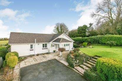 4 Bedrooms Bungalow for sale in Carmel Hill, Carmel, Holywell, Flintshire, CH8