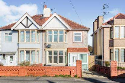 3 Bedrooms Semi Detached House for sale in Knowle Avenue, North Shore, Blackpool, Lancashire, FY2